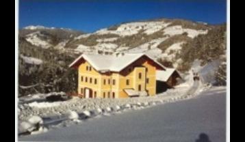 A-SL-W07-Haus-Winter.jpg