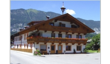a-t-at03-Haus-Sommer.jpg