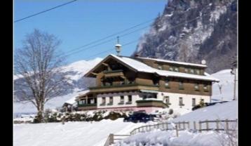 A-SL-U01-Haus-Winter.jpg